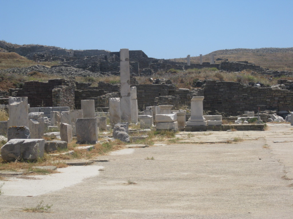 Delos and its ruins