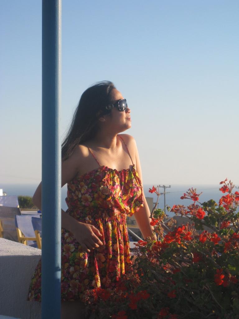 E in Santorini