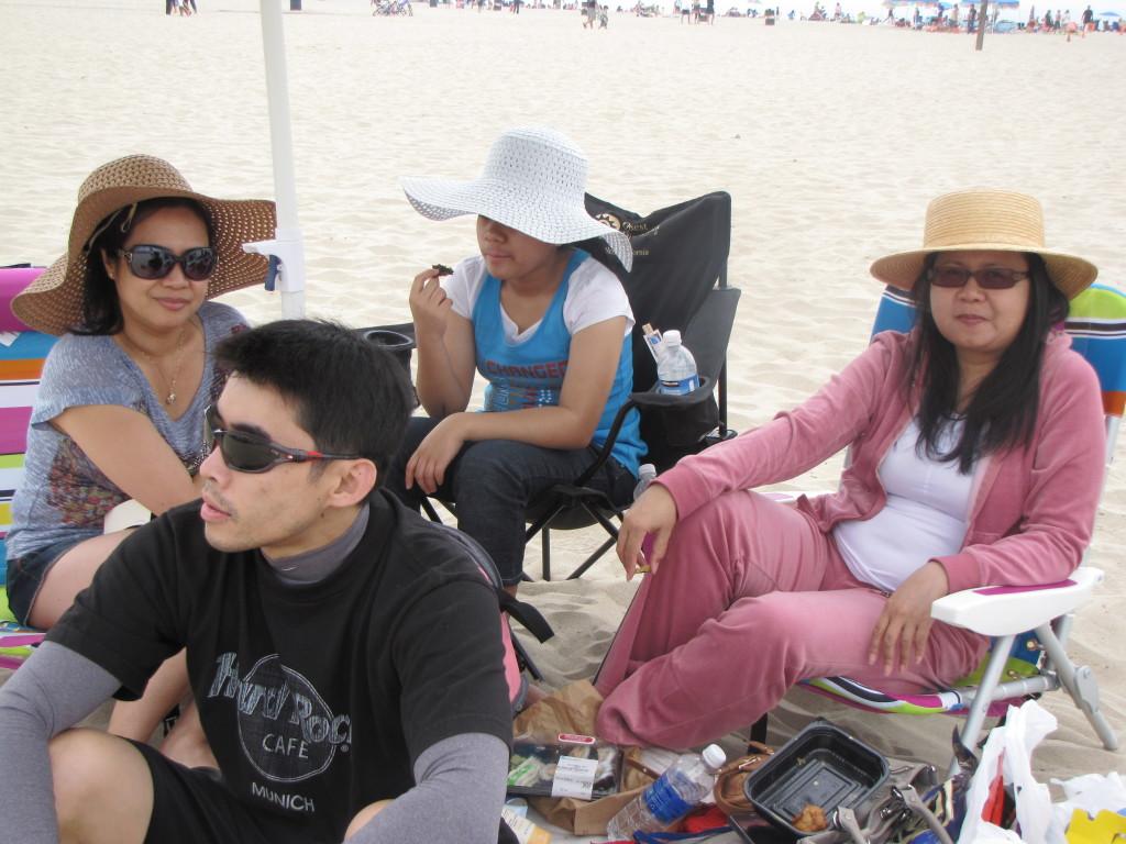Sibs' beach day
