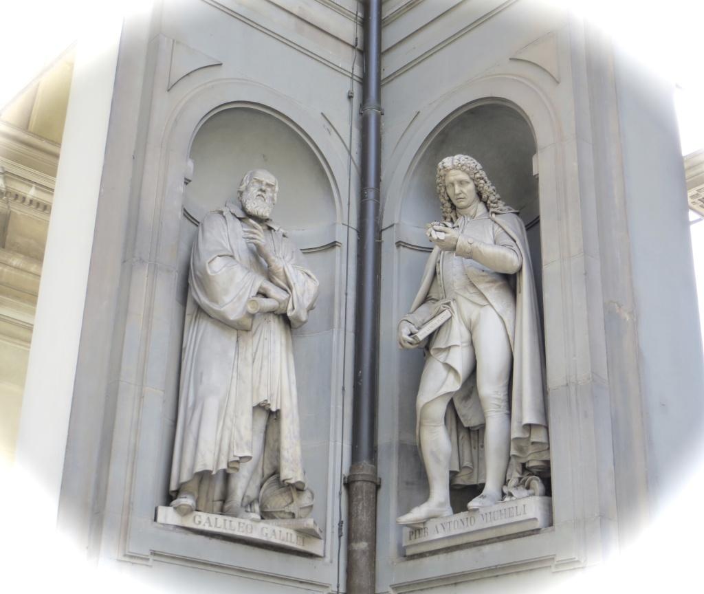 Statues in Uffizzi Museum
