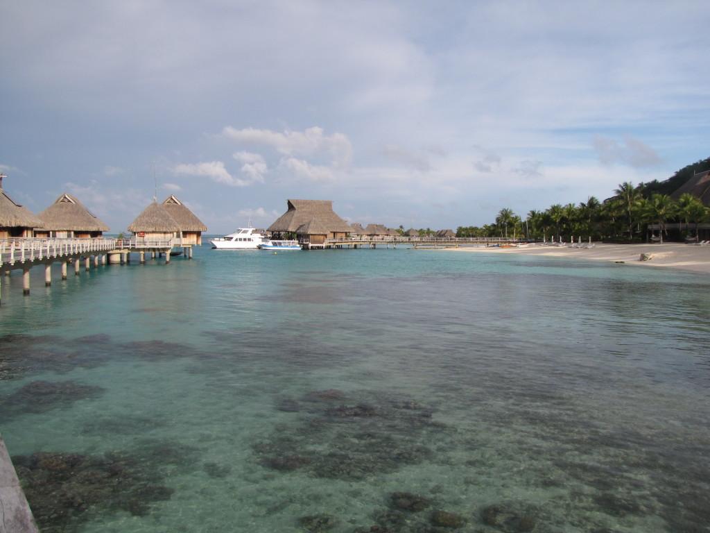 Maaruru Bora Bora