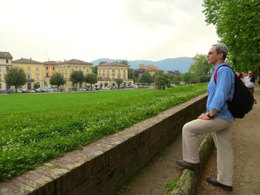 J in Lucca