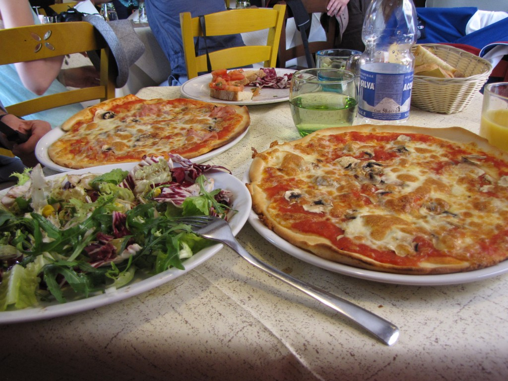 Lunchtime in Lucca