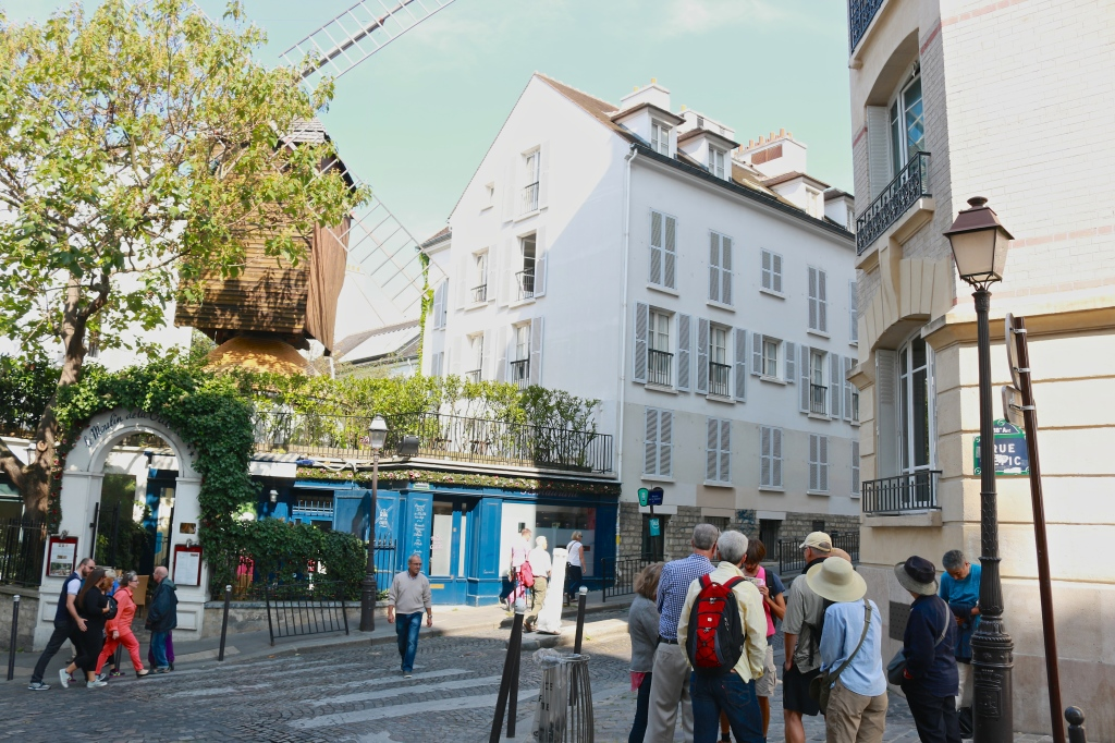 Walking Tour in Monmartre