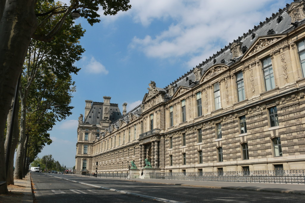 The Louvre architecture