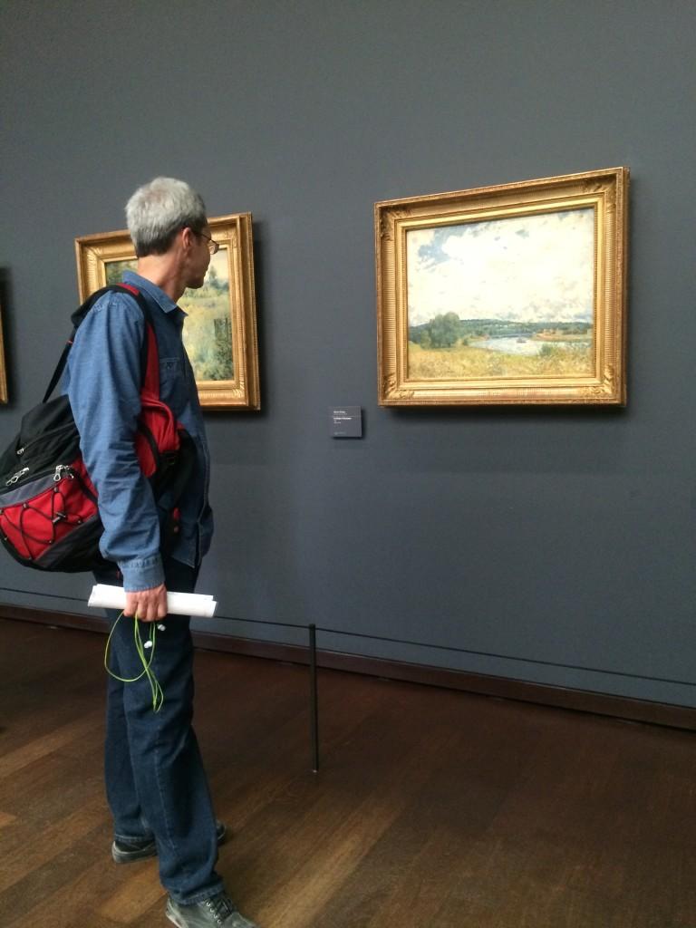 Joe admiring art