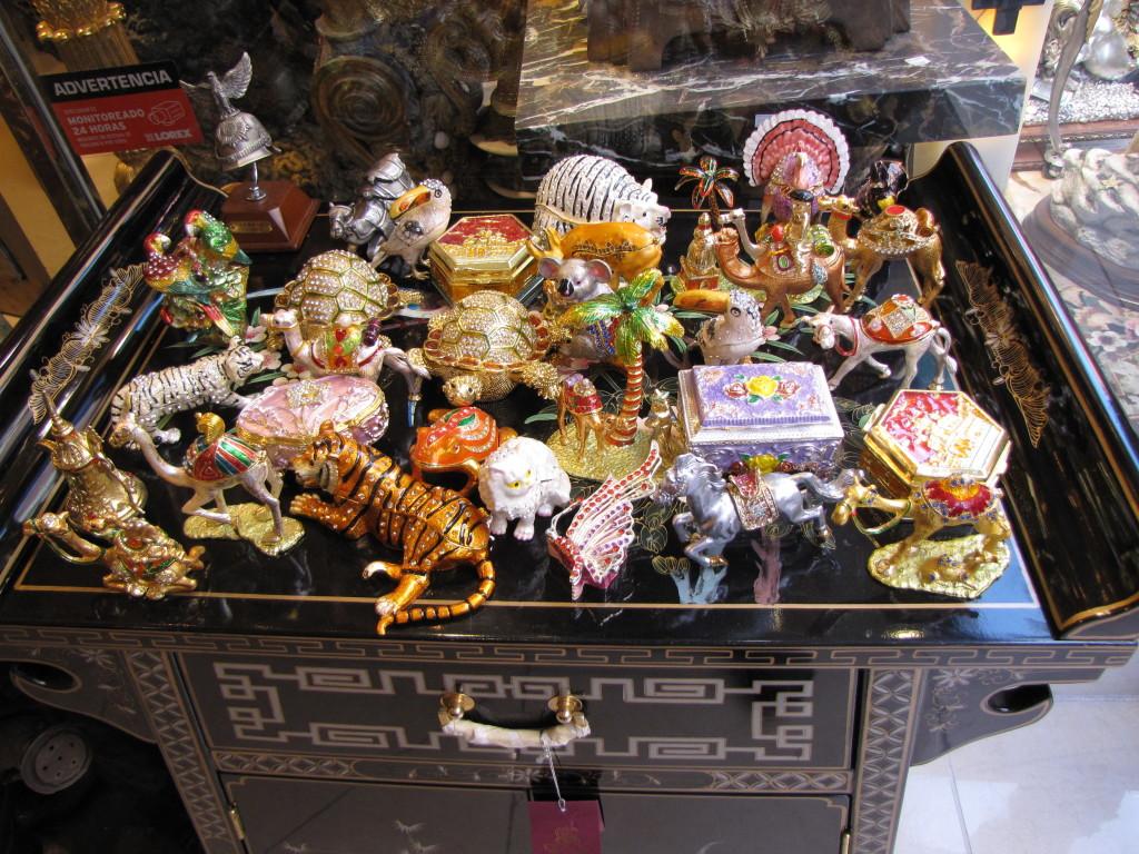 Stuff in Chinatown