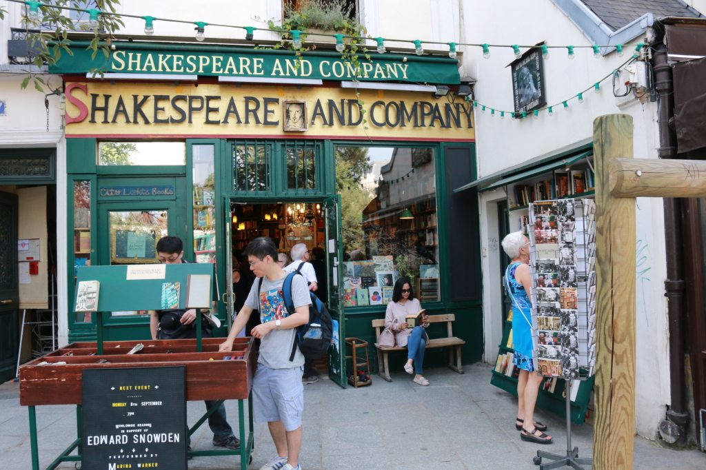 Reading at Shakespeare and Co.