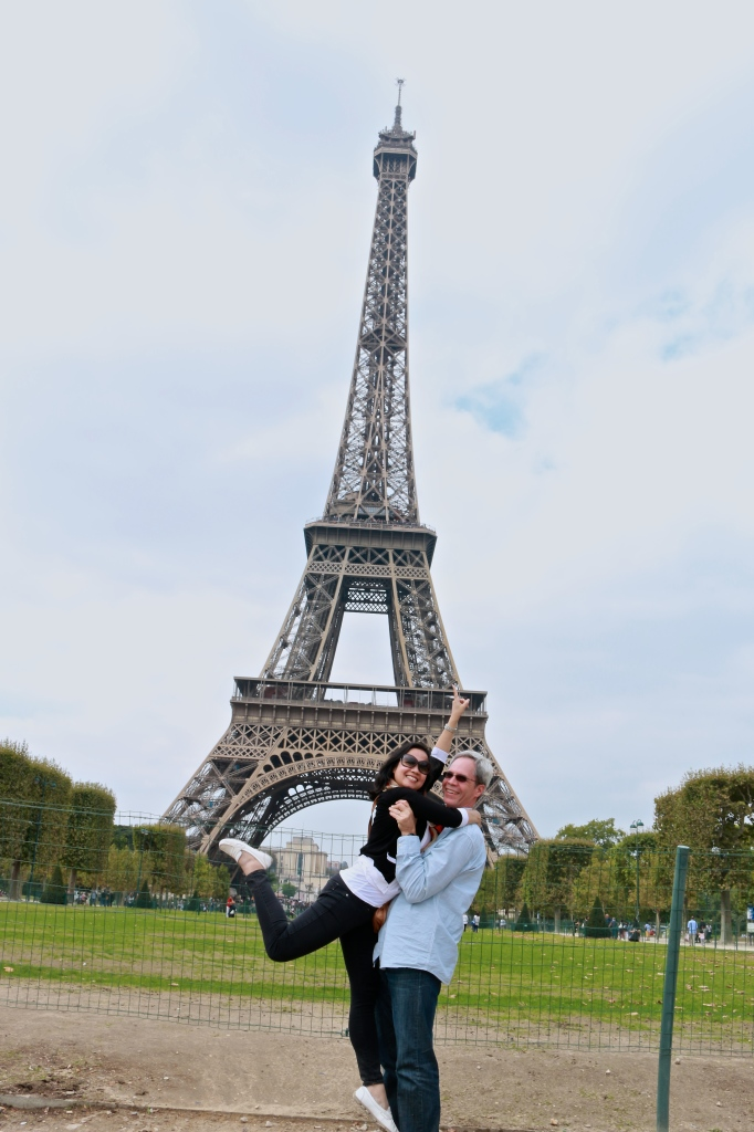JE and the Eiffel Tower