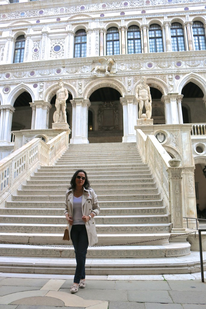 E @ the grand staircase of Doge's Palace