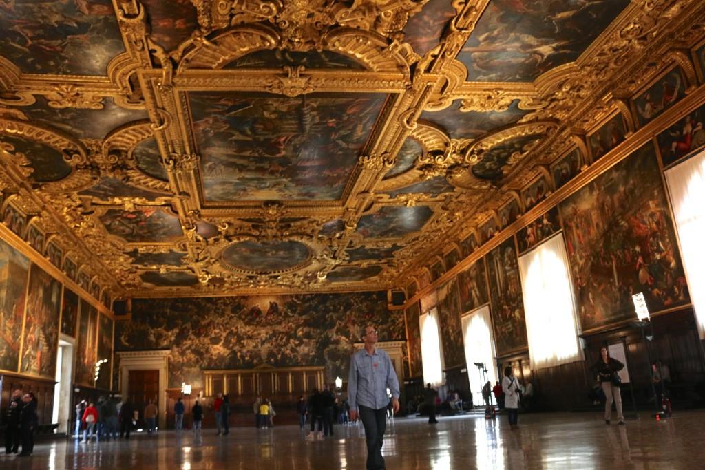 Joe admiringDoge's Palace: Palazzo Tintoretto's Frescoes