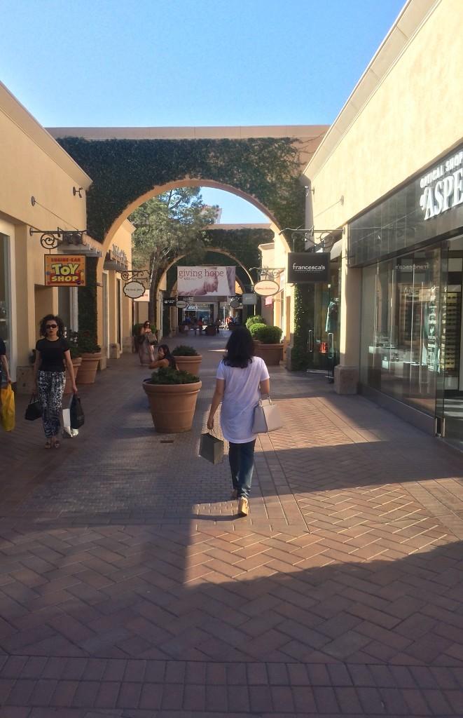 shopping in Fashion Island