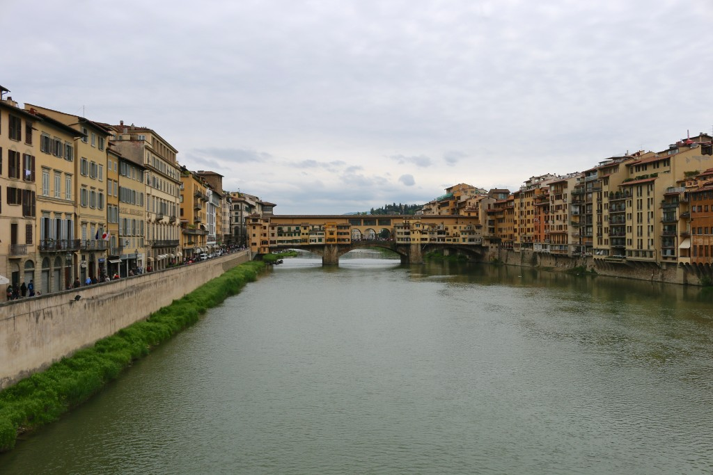 Ponte Vecchio (the old bridge)
